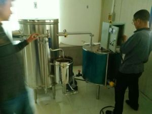 Stainless Steel 1000L/H Electric Milk Pasteurizer pictures & photos