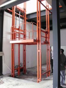 Vertical Guide Rail Hydraulic Used Cargo Elevator pictures & photos