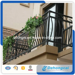 Wrought Iron Fence/Steel Fence/Balcony Railings/Courtyard Fence pictures & photos
