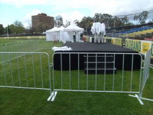 1090mm X 2500mm Europe Standard 17 PCS Uprights Hot Dipped Galvanized Crowd Control Barriers pictures & photos