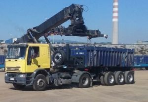 3 Axles Dumping Container Chassis pictures & photos