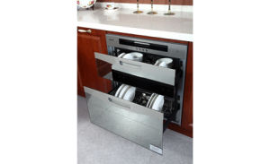 Best Sense Newly Modern Solid Wood Kitchen Furniture (zq-027) pictures & photos