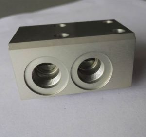 Aluminum CNC Spare Machine Part for Hydraulic and Pneumatic Valve Components pictures & photos