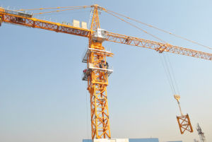 Travelling Tower Crane Qtz315 (TC7040) pictures & photos