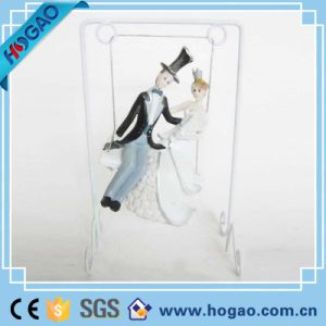 Polyresin Resin Wedding Cake Topper for Decoration pictures & photos