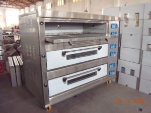3 Deck 9 Trays Electric Bakery Bread Baking Oven Machine (HEO-30-3) pictures & photos