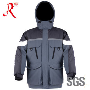 Winter Ice Fishing Jacket with Polyester Padding (QF-928A) pictures & photos
