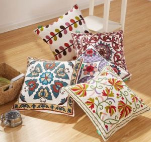 Cotton Canvas Wool Embroidery Decoration  Cushion Cover Pillow Case Flower Design National Style pictures & photos