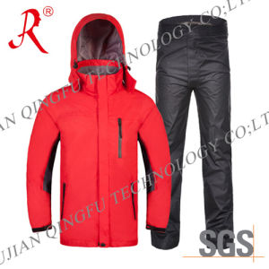 Fashionable Waterproof and Breathable Rain Suit (QF-707) pictures & photos