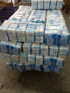 Baby Diapers in Bulk pictures & photos