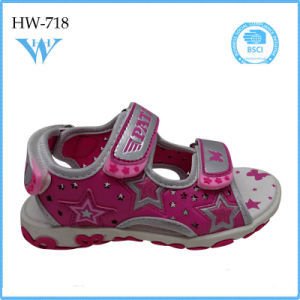 Flat Classic Kids Sandals for Girls with Low Price pictures & photos
