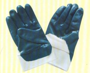 Nitrile Half Coated Gloves N2304 pictures & photos