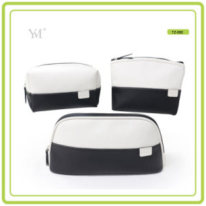 2016 New Fashion Ladies Promotional Professional Cosmetic Bag pictures & photos