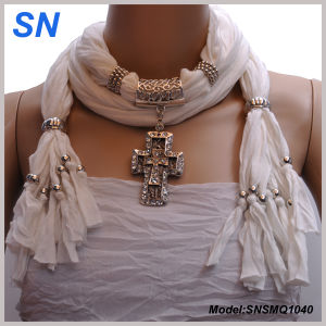 2015 Fashion Pendant Scarf (SNSMQ1040) pictures & photos