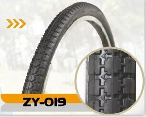 Road Bicycle Tire with Color Line (26*2*1 3/4)