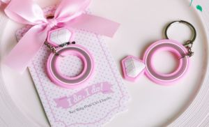 Cute Rubber Keyring Silicone Keyholder Custom Fancy Keychain pictures & photos
