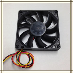 DC Cooling Fan 8015 Manufacture/Supplier From China