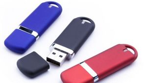Classic Plastic USB Flash Disk with Best Price (OM-P311) pictures & photos