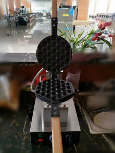 Commercial Electric Egg Waffle Maker Machine pictures & photos