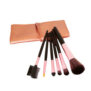 New 7 PCS Makeup Brush Set with Wooden Handle pictures & photos