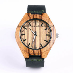 Custom Handmade Bamboo Wood Watch with Leather Band pictures & photos