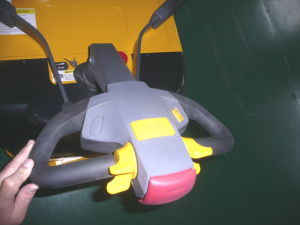 China AC Motor 2000kg/2t Electric Pallet Truck/Electric Pallet Jack pictures & photos