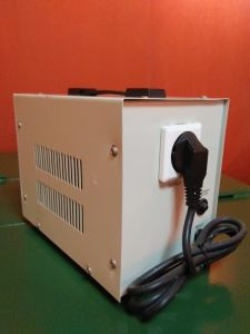 AVR Series Relay Type Voltage Regulator/Stabilizer pictures & photos