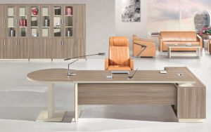 Modern Chinese Wood Executive Desk Office Furniture pictures & photos