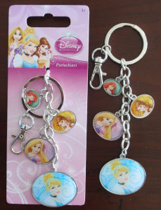 Promotional Advertising Gift- Metal Princess Keychains Customerized Mickey Enamel Key Chains Rings pictures & photos