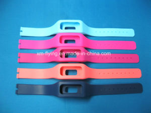 Waterproo Promotional Adjustable Oval Head Removable Quick Release Silicone Wrist Watch Bands pictures & photos