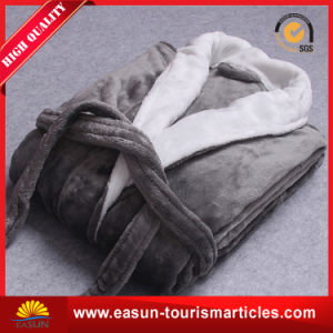 Top Quality Shawl Collar Flannel Fleece Bathrobes pictures & photos