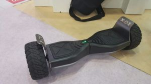 8.5inch Big Wheel Bluetooth Electric Scooter Ce RoHS pictures & photos
