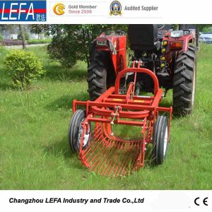 Farm Machinery Small Tractor Single Row Potato Harvester pictures & photos