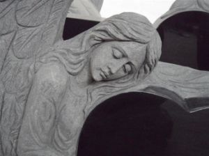 Famous Angel Granite Tombstone & Mounument with Heart Shape pictures & photos