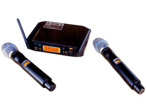 UHF Microphone Wireless Karaoke System pictures & photos