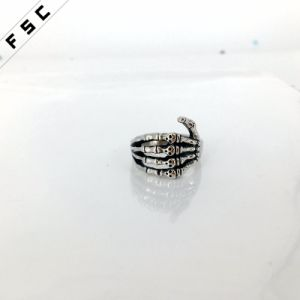 Wholesale Dragon Claw Skull Engrave Stainless Steel Punk Ring pictures & photos