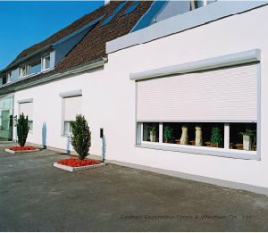 Residential Aluminum Roller Shutter Window pictures & photos
