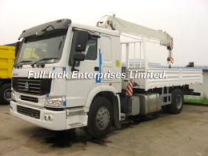 HOWO 4x2 Truck Mounted Crane pictures & photos