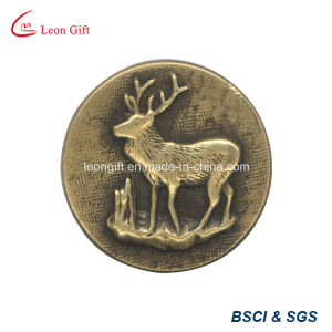 Zinc Alloy Gold Lapel Pin pictures & photos