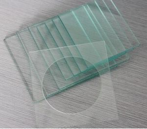3-15mm Clear Toughened Glass / Showeroom / Table Top/Tempered Glass pictures & photos