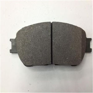Auto Brake System Front Brake Pad D1401 for Toyota 04465-0t010 pictures & photos