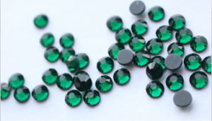 Wholesale DMC Rhinestone Hot Fix Flatback, More Than 50 Colors Round Crystal Rhinestone pictures & photos