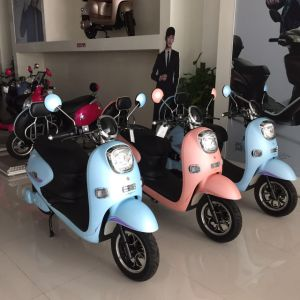 China Hot Selling E-Scooter Electric Mobility Scooter 60V20ah for Sale pictures & photos