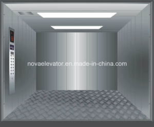 Large Capacity Cargo Elevator Cabin with Hairline Stainless Steel pictures & photos