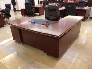 Fsc Certified E1 Venner MDF Modern Executive Desk for Office Furniture pictures & photos