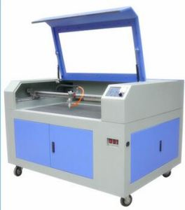 CO2 Laser Cutting Machine for Wood /Acrylic pictures & photos