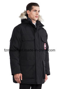 Men ′s Large Size Thicker Winter Coat pictures & photos