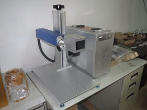 High Precission Fiber Laser Marking Engraving Machine pictures & photos