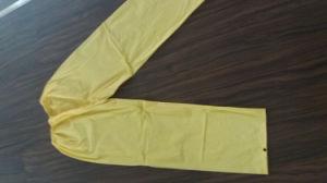 100%PVC Long Yellow Men′ S Raincoat pictures & photos