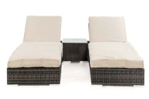 Well Furnir T-044 Synthetic Rattan Hand Wovean Sun Lounge Set pictures & photos